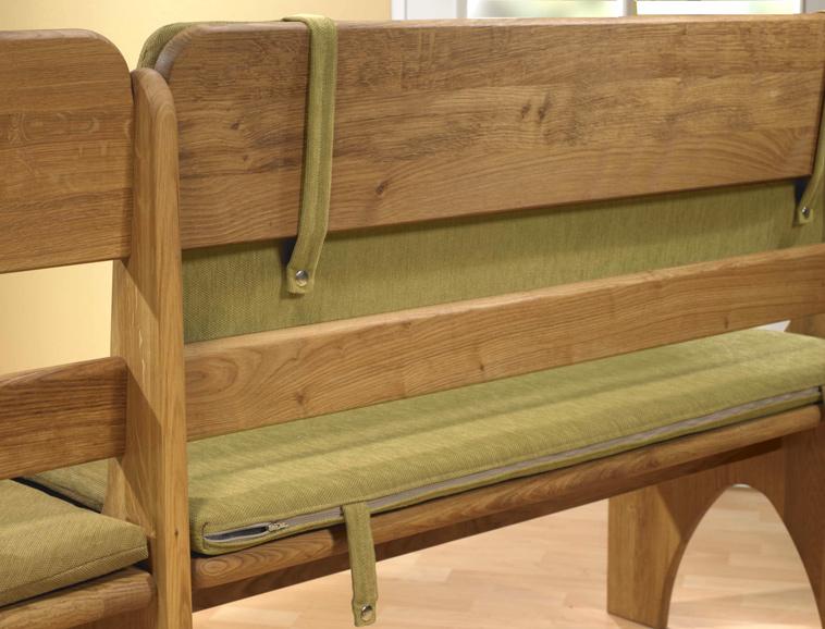 Rückansicht der Torben Sitzgruppe mit Sitzkissen oliv
